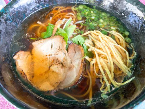 白湯が人気ですが、私は鶏ぷるが好きです!     ポークアンドチキン江田島